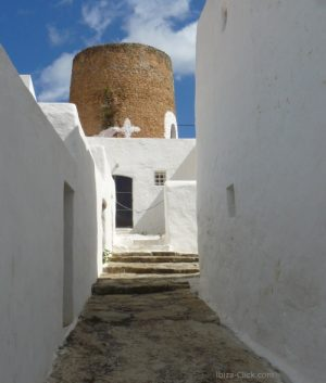 poblado-baláfia-Ibiza-click